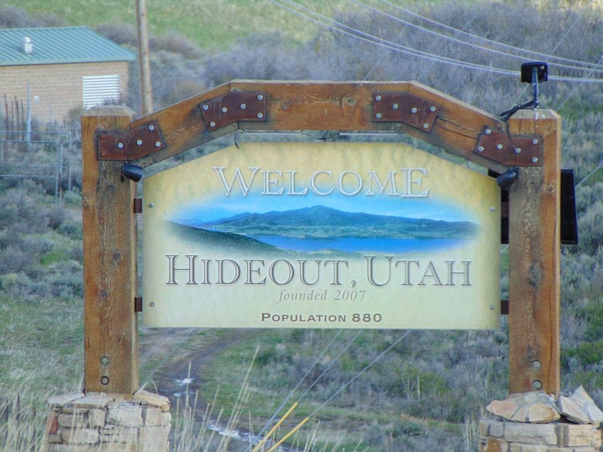 Hideout, Utah town sign