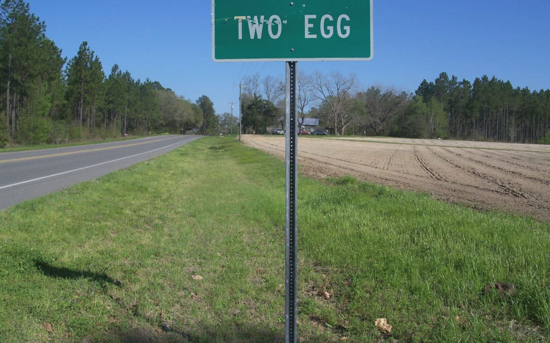 Two Egg, Florida town sign