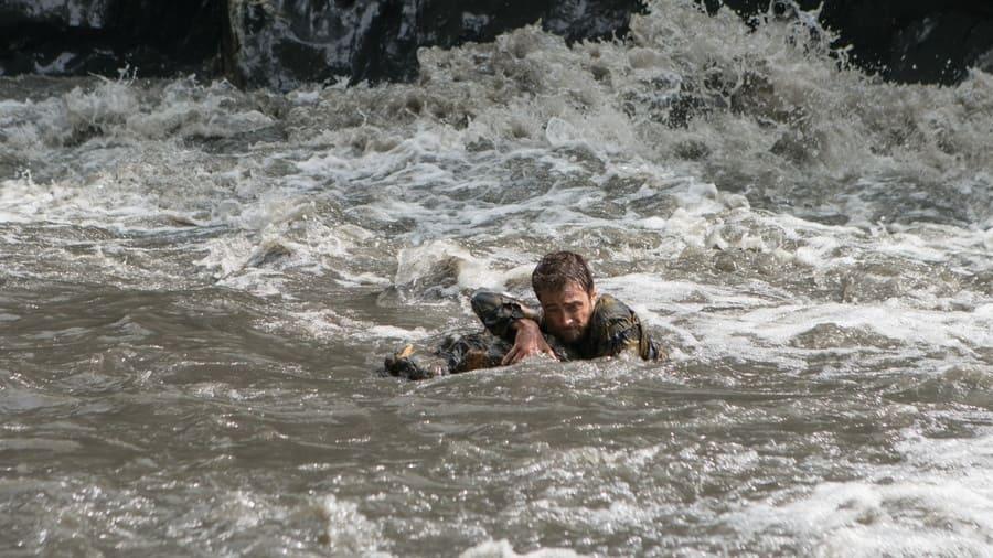 Jungle publicity still, Yossi down the river