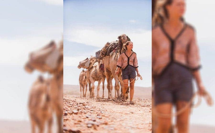 Mia Wasikowska as Robyn with her camels
