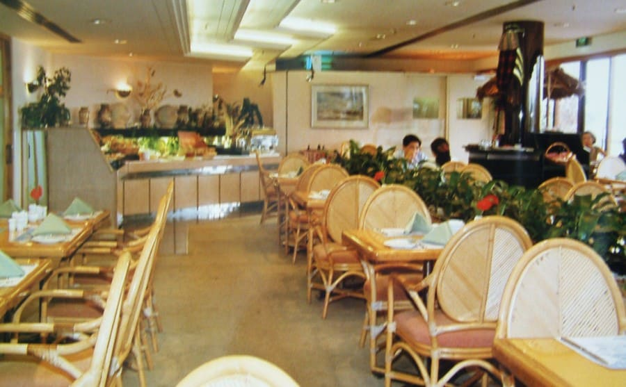 A photograph of the dining room on the Saigon floating hotel