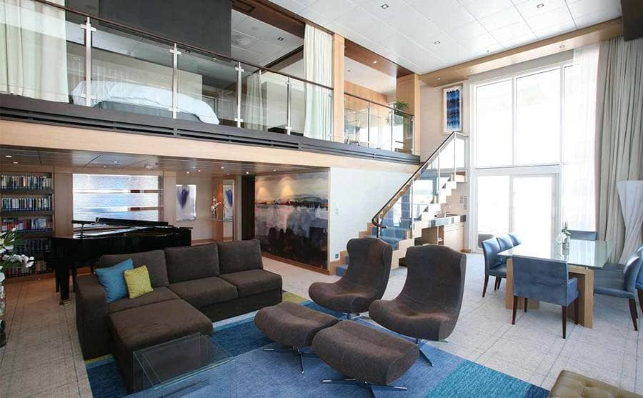A suite on the Oasis of the Seas cruise ship