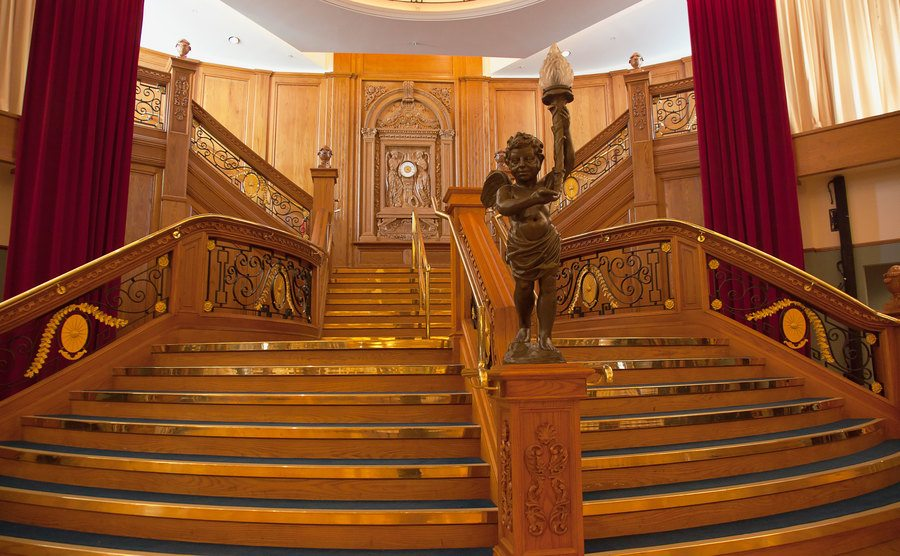 The view of the staircase in the banqueting hall.