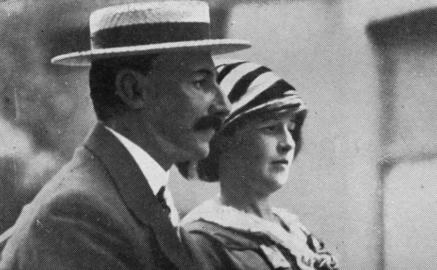 A picture of Mr. and Mrs. Astor, two wealthy passengers.
