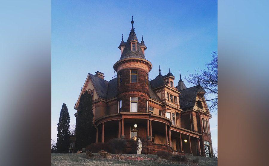The Henderson Castle Inn.